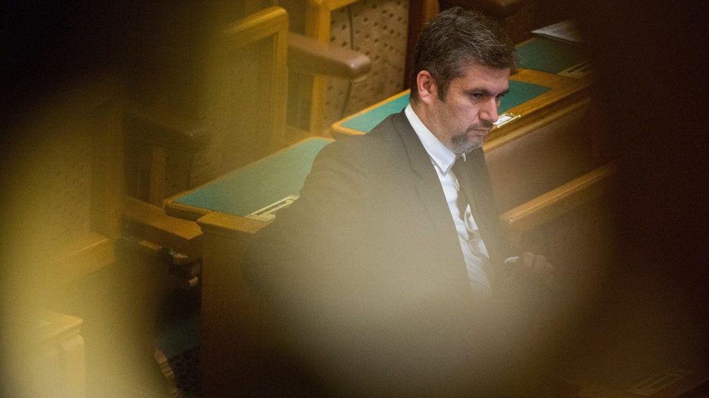 Budapest, 2018. június 4.Hadházy Ákos, az LMP parlamenti képviselője az Országgyűlés plenáris ülésén 2018. június 4-én.MTI Fotó: Balogh Zoltán