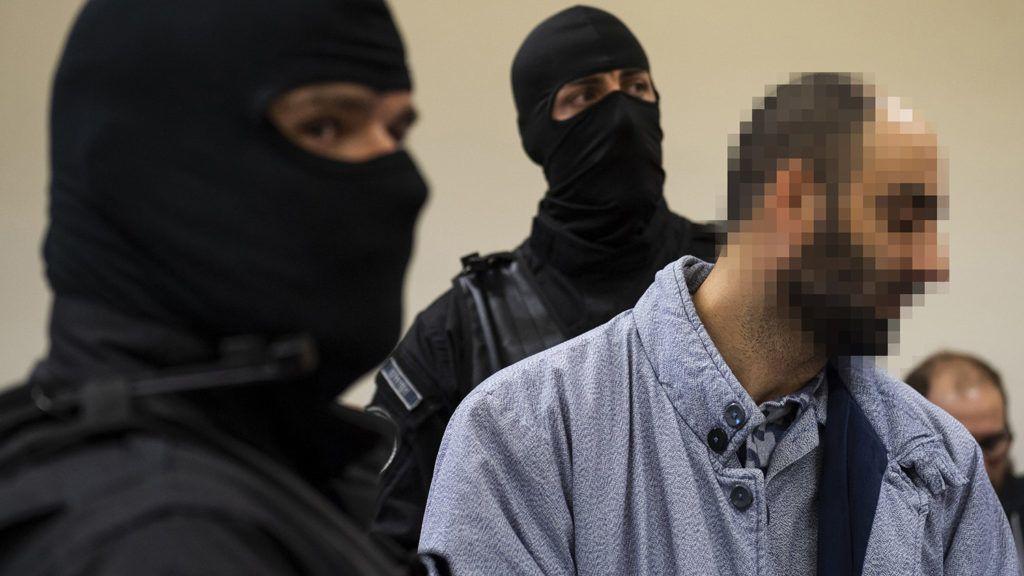 """""""Nincs rosszabb a terrorizmusnál"""" – mondta a terrorizmusért elítélt férfi, aki beperelte a magyar kormányt"""