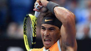 Melbourne, 2019. január 24. A spanyol Rafael Nadal a görög Sztéfanosz Cicipász ellen játszik az ausztrál nemzetközi teniszbajnokság férfi egyesének elõdöntõjében Melbourne-ben 2019. január 24-én. MTI/EPA/AAP/Lukas Coch
