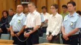 Pécs, 2009. május 27.Ítélethírdetés a Pécsi Ítélőtáblán, ahol Krémer László bíró vezette tanács másodfokon tárgyalta annak a két kaposvári gimnazistának az ügyét, akik a Somogy Megyei Bíróság ítélete szerint előre kitervelten, különös kegyetlenséggel megölték egyik osztálytársukat. A két 16 éves fiú májusban Kaposváron egy elhagyatott tóhoz csalta leendő áldozatát, egy nagyatádi fiút, aki a somogyi megyeszékhelyen tanult. A fiút kővel, fával és egy vésővel brutális módon bántalmazták, majd az eszméletét vesztett áldozatot a tóba dobták. Az ítélőtábla helyben hagyta a bíróság által kiszabott, 14 év fiatalkorúak börtönében letöltendő szabadságvesztés ítéletét.MTI Fotó: Kálmándy Ferenc