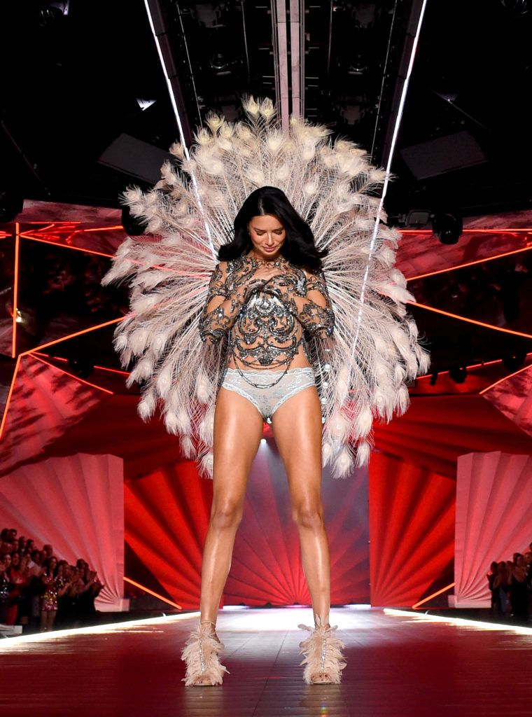NEW YORK, NY - NOVEMBER 08:  Adriana Lima walks the runway during the 2018 Victoria's Secret Fashion Show at Pier 94 on November 8, 2018 in New York City.  (Photo by Dimitrios Kambouris/Getty Images for Victoria's Secret)