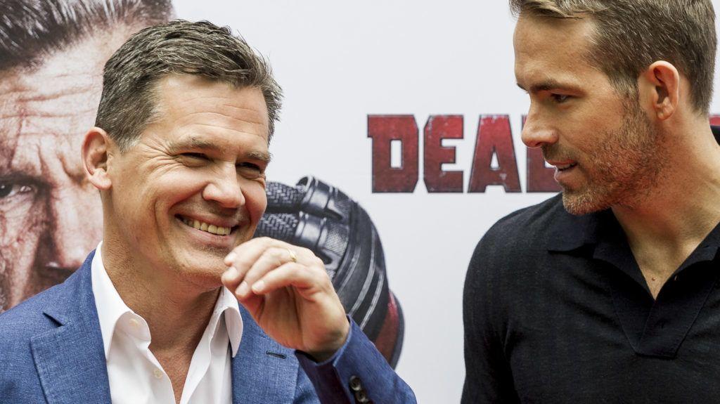 MADRID, SPAIN - MAY 07:  American actors Ryan Reynolds and Josh Brolin attend 'Deadpool 2' photocall at Villa Magna Hotel on May 7, 2018 in Madrid, Spain.  (Photo by Juan Naharro Gimenez/FilmMagic)