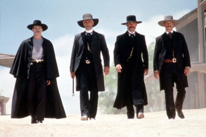 Tombstone 1993 Real  George P Cosmatos Kurt Russell Val Kilmer Sam Elliott Bill Paxton. Collection Christophel / RnB © Cinergi Pictures Entertainment Inc / Hollywood Pictures
