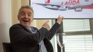 """AUSTRIA; SCHWECHAT; 20190129; CEO of the Irish airline Ryanair Michael O'Leary during a press conference at Vienna International Airport - Schwechat on January 29, 2019. Today, Ryanair acquired 100% of Lauda Motion. (Photo credit should read """"ALEX HALADA/APA-PictureDesk via AFP"""")"""