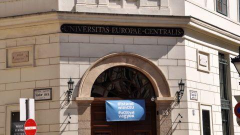 Budapest, 2017. augusztus 14. A Közép-európai Egyetem - angol nevén Central European University (CEU) - épülete Budapesten, az V. kerületi Nádor utcában. MTVA/Bizományosi: Balaton József  *************************** Kedves Felhasználó! Ez a fotó nem a Duna Médiaszolgáltató Zrt./MTI által készített és kiadott fényképfelvétel, így harmadik személy által támasztott bárminemû – különösen szerzõi jogi, szomszédos jogi és személyiségi jogi – igényért a fotó készítõje közvetlenül maga áll helyt, az MTVA felelõssége e körben kizárt.