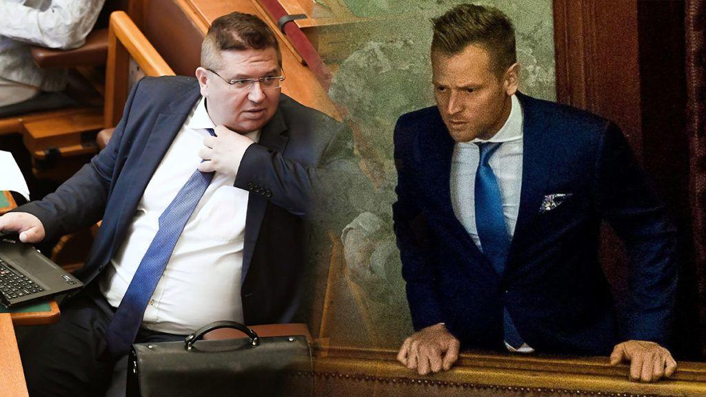 Budapest, 2018. július 16.Bajkai István (b) és Farkas Flórián, a Fidesz parlamenti képviselői az Országgyűlés plenáris ülésén 2018. július 16-án.MTI Fotó: Koszticsák Szilárd