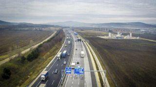 Budapest, 2015. november 27. Drónnal készített felvétel az M0-s autóút M1 és M7 autópályák közötti, kétszer három sávosra bõvített szakaszáról az avatás napján, 2015. november 27-én. MTI Fotó: Ruzsa István