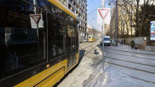 Budapest, 2016. január 16.17-es CAF villamos a Frankel Leó utcában a budai fonódó villamoshálózat első üzemnapján, 2016. január 16-án.MTI Fotó: Máthé Zoltán