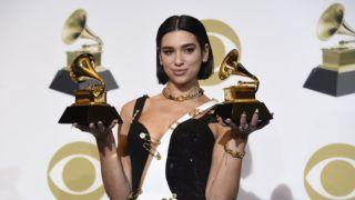 Los Angeles, 2019. február 11. Dua Lipa brit énekesnõ az év legkiemelkedõbb új elõadójának és a legjobb tánczenei felvételnek járó elismeréssel a Grammy-díjak 61. átadási ünnepségén a Los Angeles-i Staples Centerben 2019. február 10-én. MTI/Chris Pizzello/Invision/AP/Invision/Chris Pizzello