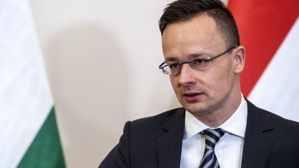 Bekérették a budapestisvédnagykövetet
