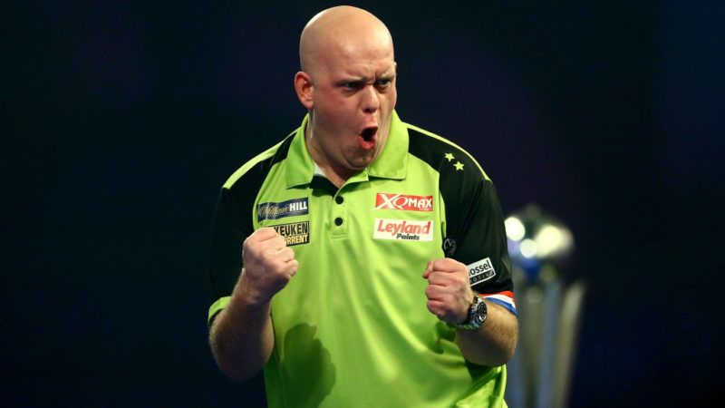 LONDON, ENGLAND - JANUARY 01: Michael van Gerwen of the Netherlands celebrates a leg during the Final match against Michael Smith of England during Day 17 of the 2019 William Hill World Darts Championship at Alexandra Palace on January 01, 2019 in London, United Kingdom. (Photo by Jordan Mansfield/Getty Images)