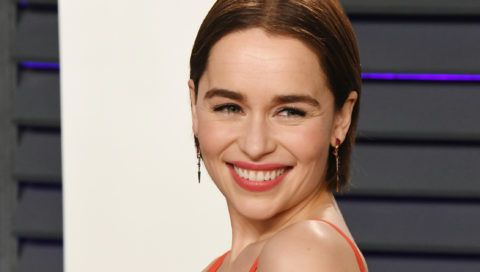BEVERLY HILLS, CA - FEBRUARY 24:  Emilia Clarke attends the 2019 Vanity Fair Oscar Party hosted by Radhika Jones at Wallis Annenberg Center for the Performing Arts on February 24, 2019 in Beverly Hills, California.  (Photo by Jon Kopaloff/WireImage)