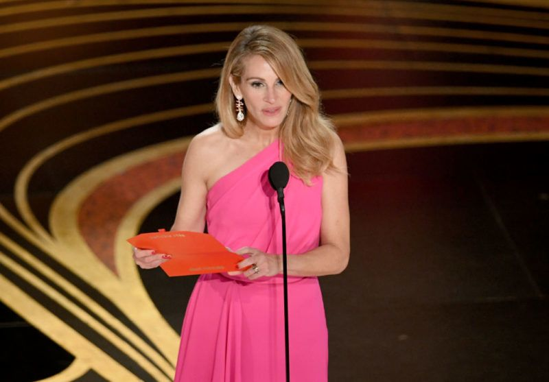 HOLLYWOOD, CALIFORNIA - FEBRUARY 24: Julia Roberts speaks onstage during the 91st Annual Academy Awards at Dolby Theatre on February 24, 2019 in Hollywood, California. (Photo by Kevin Winter/Getty Images)