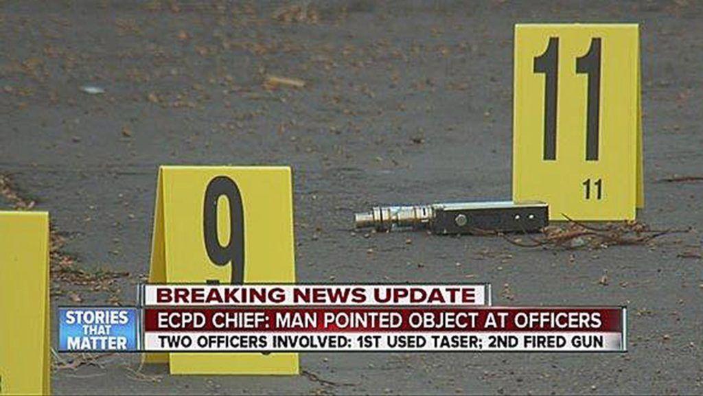 El Cajon, 2016. október 1. A San Diego megye kerületi ügyészsége által 2016. szeptember 30-án közreadott, televíziós híradásban közölt videofelvételrõl készült képen elektromos cigaretta hever az úttesten, amelyet kevéssel azelõtt Alfred Olango 38 éves afroamerikai férfi fegyverként szegezett az õt kézfeltartásra felszólító rendõrökre a kaliforniai San Diego melletti El Cajon városban szeptember 27-én. A zavartan viselkedõ Olangót a rendõrök agyonlõtték. A városban az eset miatt erõszakba fordult tüntetések kezdõdtek, ezért El Cajon rendõrsége nyilvánosságra hozta az incidensrõl egy közeli bolt biztonsági kamerája által rögzített videofelvételt. (MTI/EPA/San Diego megyei kerületi ügyészség)