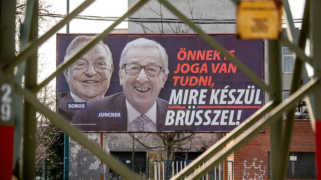 """Image: 73868721, A korm·ny ˙jabb plak·tkamp·nyt indÌtott 2019. febru·rban """"÷nnek is joga van tudni, mire kÈsz¸l Br¸sszel!"""" felirattal, Soros gyˆrgy Ès Jean-Claude Juncker arckÈpÈvel., Place: Budapest, Hungary, License: Rights managed, Model Release: No or not aplicable, Property Release: Yes, Credit: smagpictures.com"""