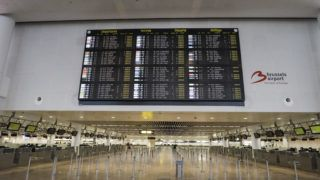 Illustration picture shows the information board with the departure flights which are all cancelled at Brussels national airport in Zaventem, during a national general strike, Wednesday 13 February 2019, in Brussels. Belgian sky is close for 24 hours, planes must fly above 8000m. All flights were cancelled for 24 hours. Belgian trade unions have called a national strike on 13 February after disagreement on a framework wage agreement for the next two years, 0.8 in addition to the automatic index rise is not enough. BELGA PHOTO THIERRY ROGE