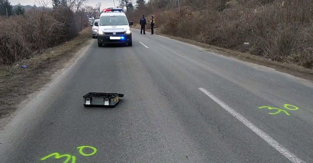 Dömös, 2015. január 10. Túrázók a Rám-szakadékban Dömös közelében 2015. január 10-én. MTI Fotó: Sóki Tamás
