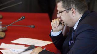 Budapest, 2017. november 7.Seszták Miklós nemzeti fejlesztési miniszter éves meghallgatásán az Országgyűlés költségvetési bizottságának ülésén a Parlamentben 2017. november 7-én.MTI Fotó: Koszticsák Szilárd