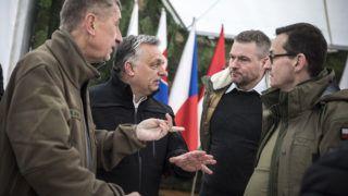 Varsó, 2019. március 10.A Miniszterelnöki Sajtóiroda által közzétett képen Andrej Babis cseh, Orbán Viktor magyar, Peter Pellegrini szlovák és Mateusz Morawiecki lengyel miniszterelnök (b-j) a Varsó Wesola kerületében rendezett ünnepségen, amelyet abból az alkalomból rendeztek, hogy Magyarország, Lengyelország és Csehország húsz, Szlovákia pedig tizenöt éve csatlakozott a NATO-hoz.MTI/Miniszterelnöki Sajtóiroda/Szecsődi Balázs