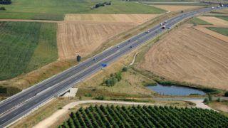 Zamárdi, 2011. július 12. Az M7-es autópálya Zamárdi közelében. MTI Fotó: H. Szabó Sándor