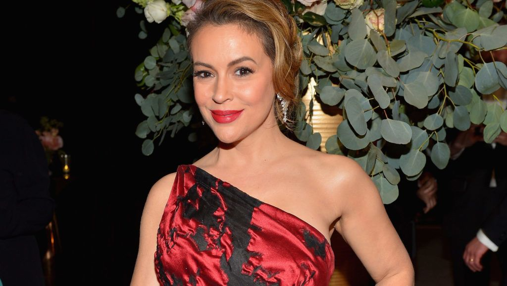 BEVERLY HILLS, CA - JANUARY 06: Alyssa Milano attends the 2019 InStyle and Warner Bros. 76th Annual Golden Globe Awards Post-Party at The Beverly Hilton Hotel on January 6, 2019 in Beverly Hills, California.  (Photo by Donato Sardella/Getty Images for InStyle)