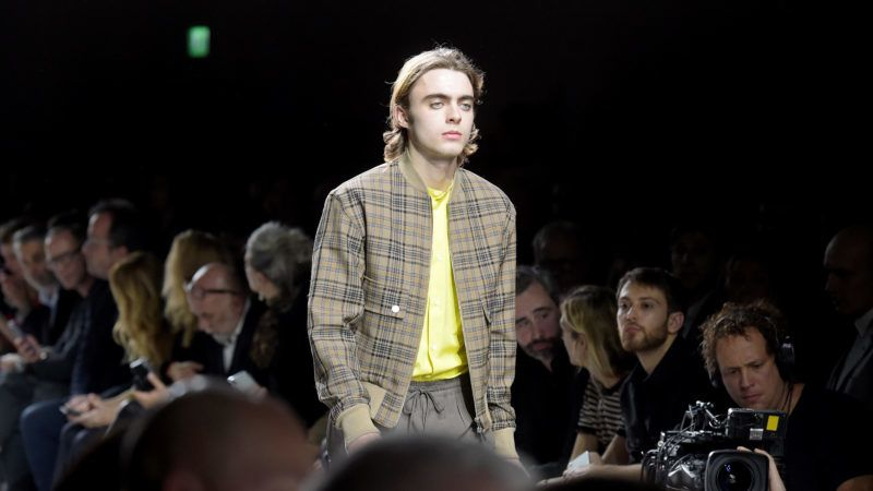 LONDON, ENGLAND - MARCH 21: Lennon Gallagher attends 'Hermes: Step Into The Frame' at Nine Elms on March 21, 2019 in London, England. (Photo by David M. Benett/Dave Benett/Getty Images for Hermes)