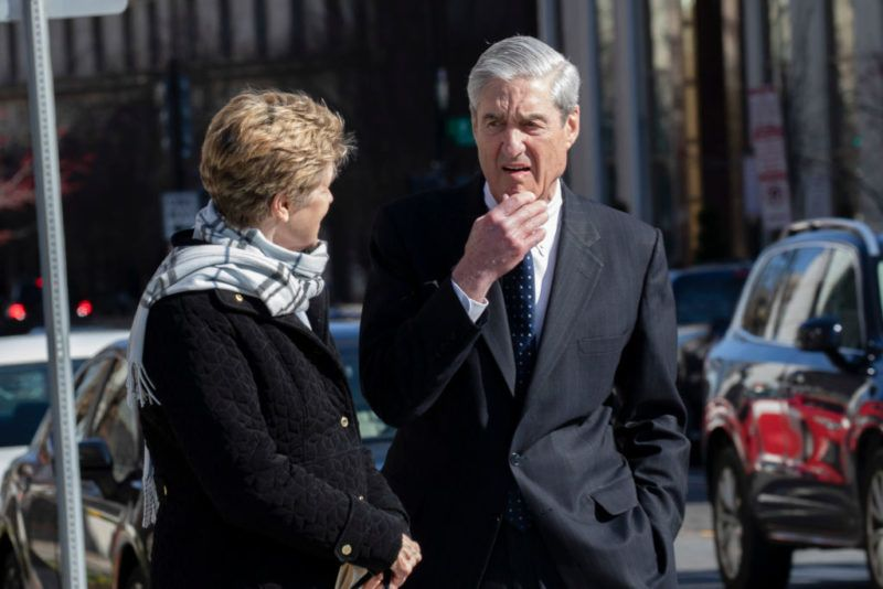 WASHINGTON, DC  - MARCH 24: Ann Mueller and Special CounselRobert Mueller walk on March 24, 2019 in Washington, DC. Special counsel Robert Mueller has delivered his report on alleged Russian meddling in the 2016 presidential election to Attorney General William Barr. (Photo by Tasos Katopodis/Getty Images)