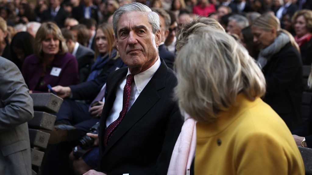 WASHINGTON, DC - OCTOBER 28:  Former FBI director Robert Mueller attends the ceremonial swearing-in of FBI Director James Comey at the FBI Headquarters October 28, 2013 in Washington, DC. Comey was officially sworn in as director of FBI on September 4 to succeed Mueller who had served as director for 12 years.  (Photo by Alex Wong/Getty Images)