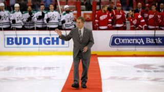 DETROIT, MI - NOVEMBER 29:  Red Wing Hall of Famer Ted Lindsay comes out for a ceremonial puck drop prior to the Dallas Stars and Detroit Red Wings playing at Joe Louis Arena on November 29, 2016 in Detroit, Michigan.  (Photo by Gregory Shamus/Getty Images)