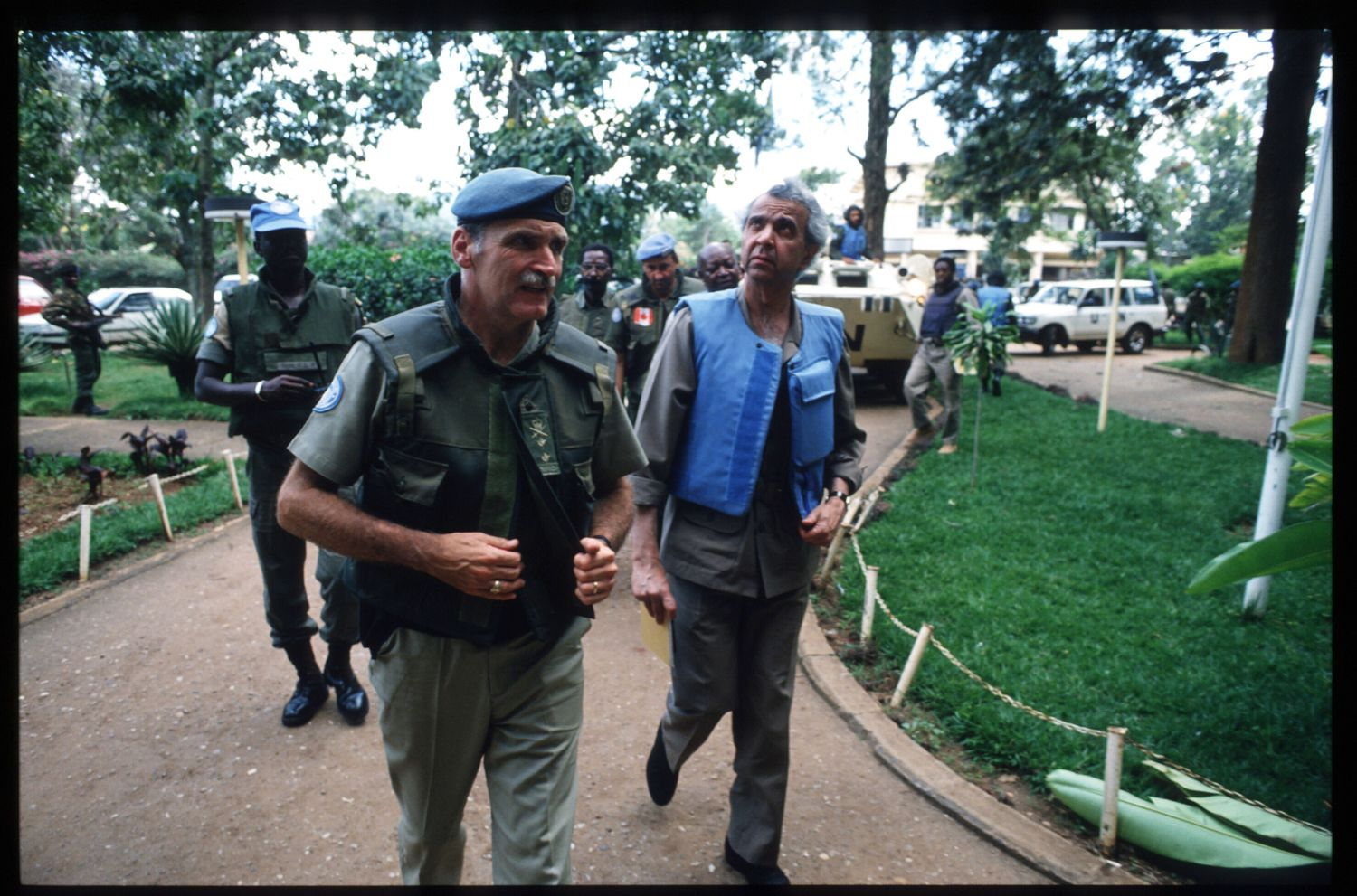 189913 16: Rwandan force commander Romeo Dallaire (left) walks with UN envoy Igbal Riza (right) May 26, 1994 in Kigali, Rwanda. A civil war erupts leading to the Rwandan slaughter of an estimated 800,000 Tutsis and Twas. (Photo by Scott Peterson/Liaison)
