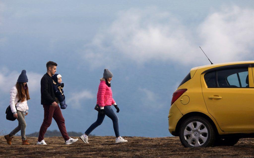 1e04c8fbe5 Tízezerrel több autó fogyhat a nagycsaládos támogatás miatt | 24.hu