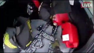Christchurch, 2019. március 15. Videofelvételrõl készült kép az új-zélandi Christchurchben történt terrortámadás egyik elkövetõjének autójában lévõ fegyverekrõl 2019. március 15-én. A fegyveres a fejére erõsített kamerával rögzítette a merényletet, majd a 17 perces felvételt feltette az internetre. A város központjában lévõ Maszdzsid al-Núr és a külsõ kerületi Linwood mecset ellen összehangoltan elkövetett merénylet halálos áldozatainak száma negyvenkilencre emelkedett. A hatóságok õrizetbe vettek három férfit és egy nõt, az egyik férfi ausztrál. MTI/AP