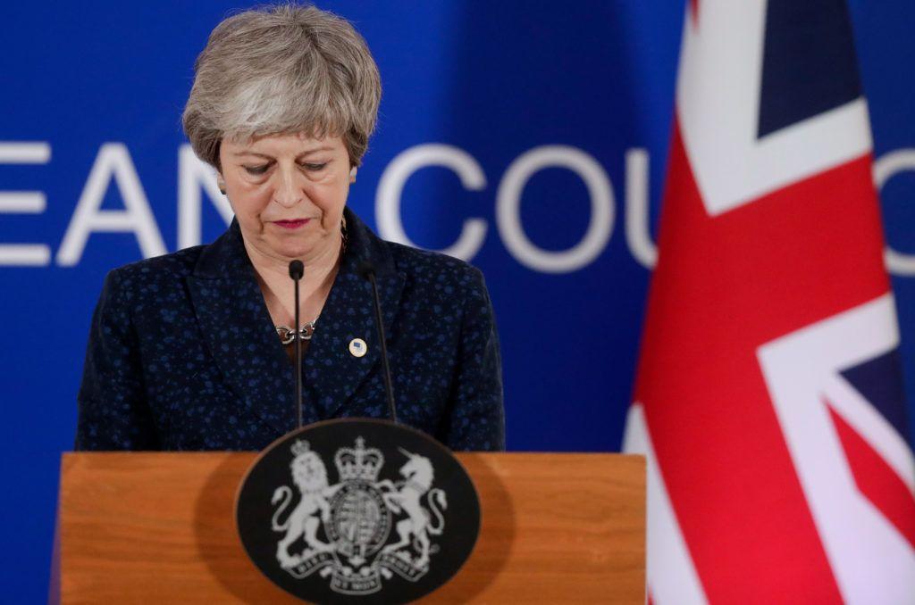 Brüsszel, 2019. március 22. Theresa May brit miniszterelnök sajtótájékoztatót tart Brüsszelben 2019. március 21-én, miután elfogadta a bennmaradó tagországok javaslatát az Egyesült Királyság európai uniós kilépési dátumának elhalasztásáról. MTI/EPA/Stephanie Lecocq