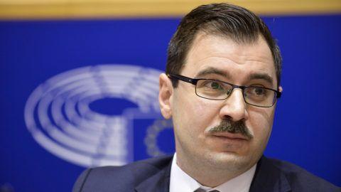 Brüsszel, 2017. december 7.Az Európai Parlament (EP) által közreadott kép Szánthó Miklósról, az Alapjogokért Központ igazgatójáról az EP belügyi, állampolgári jogi és igazságügyi szakbizottságának (LIBE) a jogállamiság magyarországi helyzetéről tartott meghallgatásán Brüsszelben 2017. december 7-én. (MTI/Európai Parlament/Dominique Hommel)