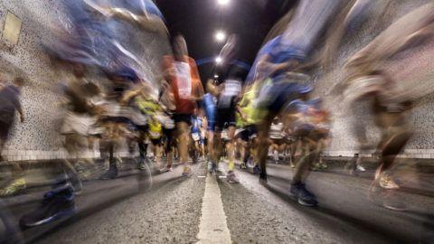 Budapest, 2018. október 7.Futók a 33. Spar Budapest Maratonon a Budai Váralagútban 2018. október 7-én.MTI Fotó: Mónus Márton