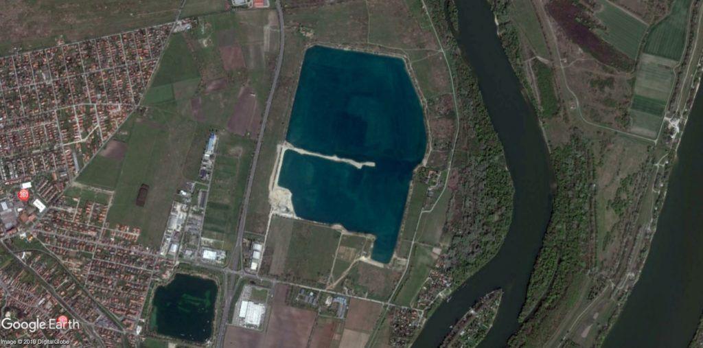 2,4 hektárt aszfaltoznának le Gerendaiék a Lupa-tónál, hogy legyen hol parkolni 2