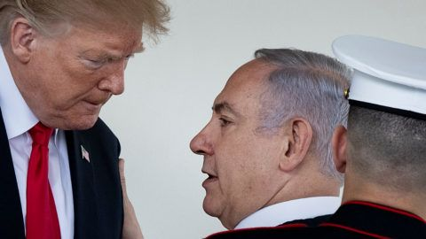 """US President Donald Trump (L) bids farewell to Israel's Prime Minister Benjamin Netanyahu after a meeting at the the White House March 25, 2019 in Washington, DC. - US President Donald Trump on Monday signed a proclamation recognizing Israeli sovereignty over the disputed Golan Heights, a border area seized from Syria in 1967. """"This was a long time in the making,"""" Trump said alongside Israeli Prime Minister Benjamin Netanyahu in the White House. US recognition for Israeli control over the territory breaks with decades of international consensus. (Photo by Brendan Smialowski / AFP)"""