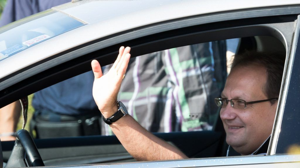 Velence, 2018. szeptember 12. Hoppál Péter érkezik a Fidesz-KDNP frakciószövetség háromnapos kihelyezett ülésére egy velencei szállodába 2018. szeptember 12-én. MTI Fotó: Koszticsák Szilárd