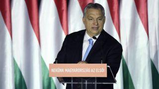 Budapest, 2019. április 5.Orbán Viktor miniszterelnök beszédet mond a Parlamenti Szalon című rendezvényen a Bálna Budapest rendezvényközpontban 2019. április 5-én. Az eseményen ismertetik a Fidesz európai parlamenti választási programját.MTI/Koszticsák Szilárd