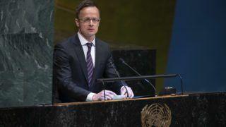 New York, 2019. április 23. A Külgazdasági és Külügyminisztérium (KKM) által közreadott képen Szijjártó Péter külgazdasági és külügyminiszter felszólal az ENSZ Közgyûlésének a szíriai elszámoltathatósági mechanizmusról rendezett vitájában a világszervezet New York-i székházában 2019. április 23-án. MTI/KKM/ENSZ/Eskinder Debebe