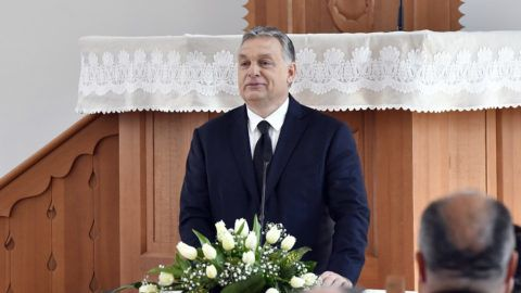 Budapest, 2019. április 7. Orbán Viktor miniszterelnök a felújított pesterzsébeti Klapka téri református templom felavatása alkalmából tartott istentiszteleten 2019. április 7-én. MTI/Máthé Zoltán