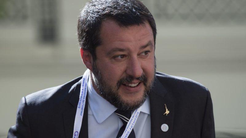 Párizs, 2019. április 4. Matteo Salvini olasz miniszterelnök-helyettes, belügyminiszter megérkezik a világ hét iparilag legfejlettebb államát tömörítõ csoport, a G7 belügyminisztereinek találkozójára Párizsba 2019. április 4-én. MTI/EPA/Ian Langsdon