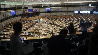 Brüsszel, 2019. április 3.Stefan Löfven svéd miniszterelnök (a pulpituson) az Európai Parlament büsszeli plenáris ülésén 2019. április 3-án.MTI/AP/Francisco Seco