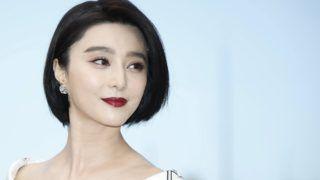 Cannes, 2017. május 17. Fan Pin-ping kínai színésznõ, a zsûri tagja a 70. Cannes-i Nemzetközi Filmfesztiválon 2017. május 17-én, az esemény nyitónapján. A filmes seregszemlét május 17. és 28. között rendezik. (MTI/EPA/Guillaume Horcajuelo)