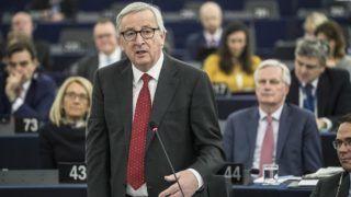Strasbourg, 2019. március 27. Jean-Claude Juncker, az Európai Bizottság elnöke az Európai Parlament plenáris ülésén Strasbourgban 2019. március 27-én. Juncker a képviselõkkel a március 21-22-i EU-csúcs eredményeit vitatja meg. MTI/AP