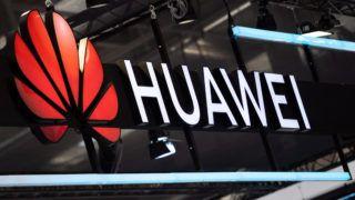 Hannover, 2019. április 1. A Huawei kínai távközlési vállalat logója a Hannoveri Vásáron 2019. április 1-jén. Ebben az évben Svédország az április 5-ig tartó vásár díszvendége. MTI/EPA/Jens Schlüter