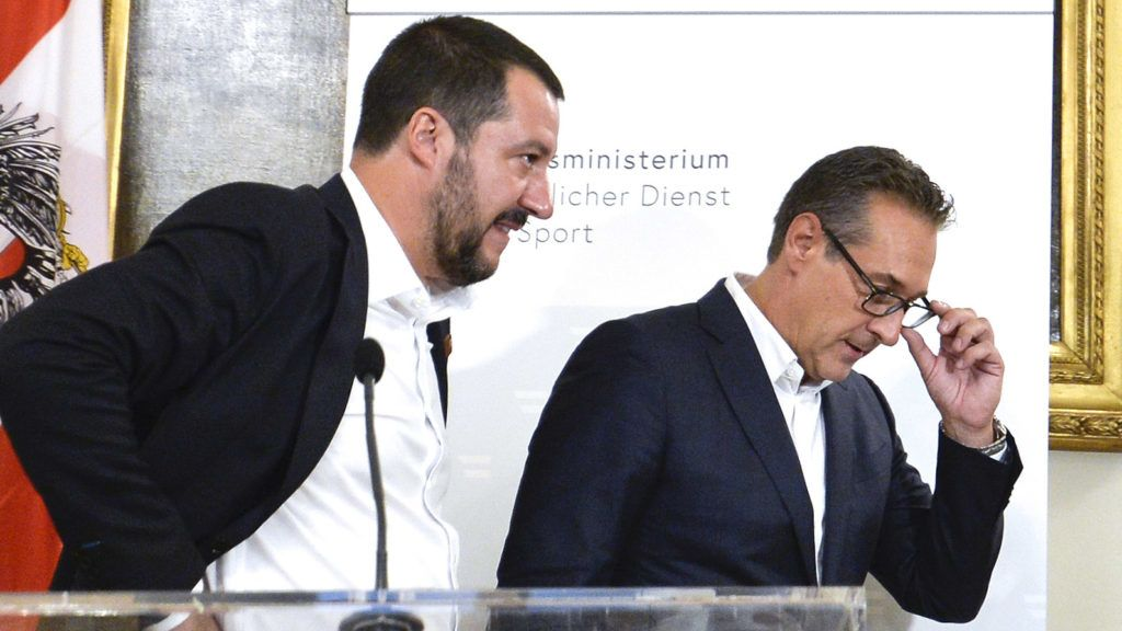 Italy's Vice Prime Minister Matteo Salvini (L) and his counterpart Austrian vice-chancellor Heinz-Christian Strache leave after addressing a press conference on September 14, 2018 in Vienna, Austria. - Salvini and Strache meet on the sidelines of an EU-Interior Ministers Conference on Security and Migration ?Promoting Partnership and Resilience. (Photo by HERBERT NEUBAUER / APA / AFP) / Austria OUT