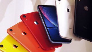 Apple's new iPhone XR are displayed after it went on sale at the Apple Store in Tokyo's Omotesando shopping district, Japan, May 2, 2019.  (Photo by Hitoshi Yamada/NurPhoto)