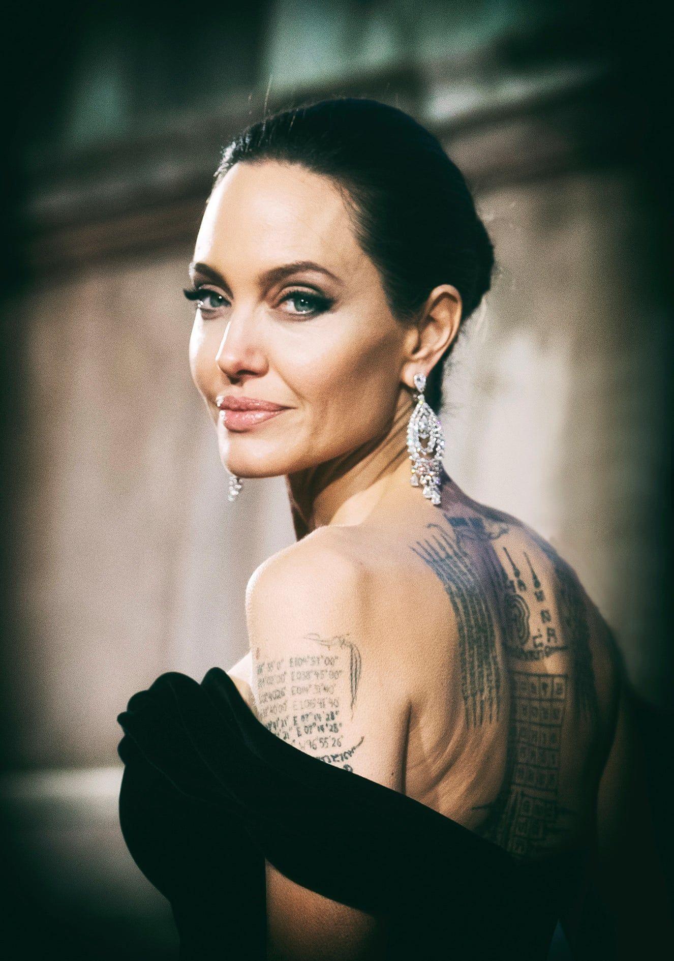 Angelina Jolia a Bafta d'j‡tad—n a Royal Albert Hall-ban. Fot—: Samir Hussein / Wireimage / thebppa