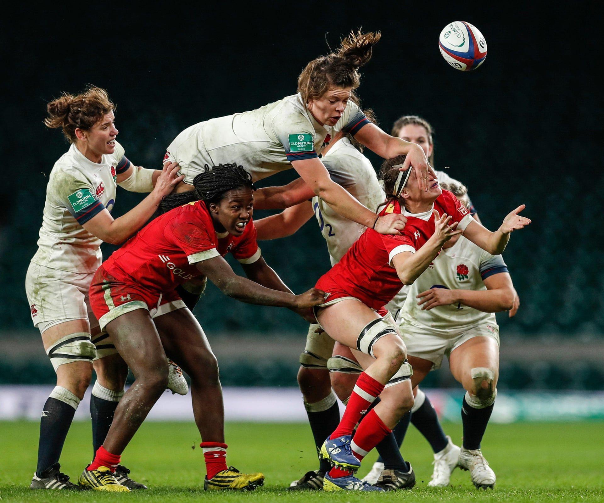 Pillanat az Anglia Kanada női rögbi mérklőzésről a Twickenham stadionból. Fotó: Eddie Keogh / Reuters / thebppa